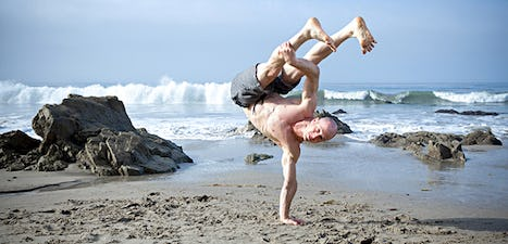 Amir Solsky performing Capoeira movements.
