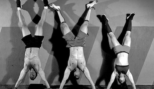 Andralyn Zayn shows you how the best way to improve your Upper Body workout is with these 4 handstand exercises.