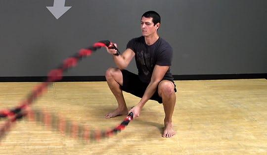 Battle Rope: Alternating Wave Squat