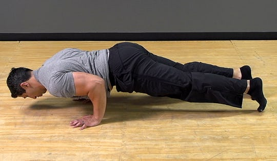 Bodyweight Exercise: Pull Plank Knee
