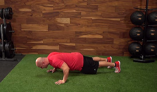 Joe Defranco teaches the Perfect Push up at the Onnit Academy