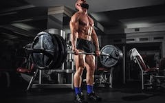 How to Deadlift: Straight Bar vs. Trap Bar Deadlift