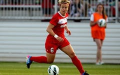 #88 Life of a Soccer Pro w/ Lori Lindsey   Total Human Optimization Podcast