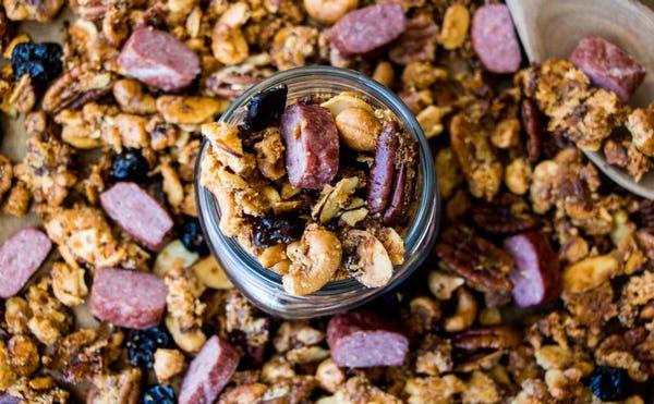 SNACK Elk Recipes: Homemade Paleo Sweet & Savory Granola Mix