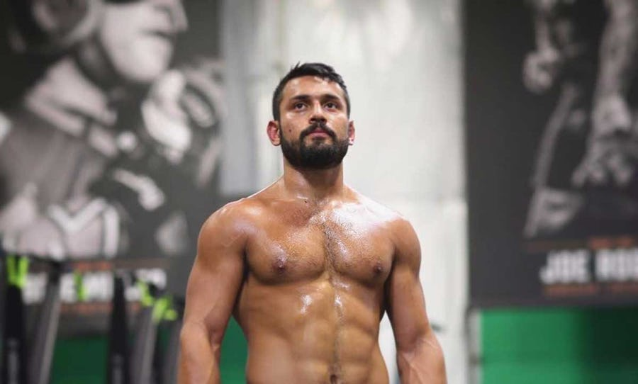 The Best Upper-Chest Workout for Getting Defined Pecs